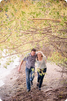 convertible-Cadillac_engagement-portraits_travel-cherry-orchard_Okanagan_109_by-Kevin-Trowbridge