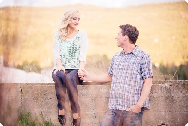 convertible-Cadillac_engagement-portraits_travel-cherry-orchard_Okanagan_119_by-Kevin-Trowbridge