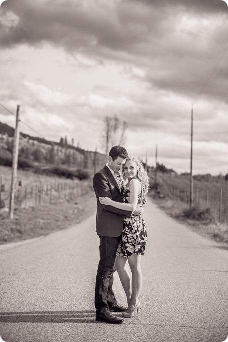 convertible-Cadillac_engagement-portraits_travel-cherry-orchard_Okanagan_18_by-Kevin-Trowbridge