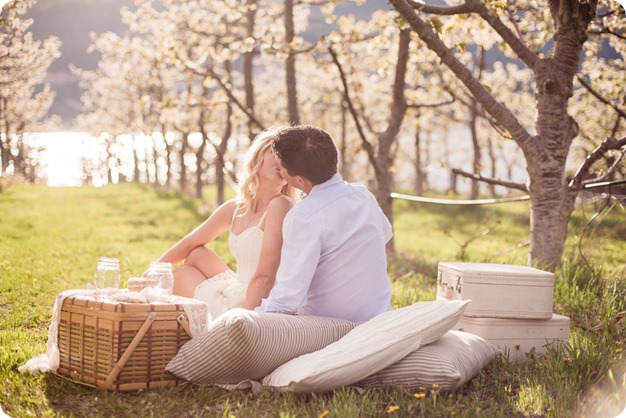 convertible-Cadillac_engagement-portraits_travel-cherry-orchard_Okanagan_60_by-Kevin-Trowbridge