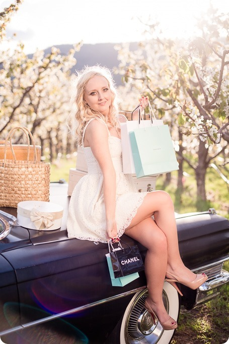 convertible-Cadillac_engagement-portraits_travel-cherry-orchard_Okanagan_84_by-Kevin-Trowbridge