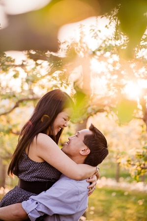 Claudia Amp Brent Apple Blossoms Amp Country Roads Dreamy Springtime Orchard Engagement Session