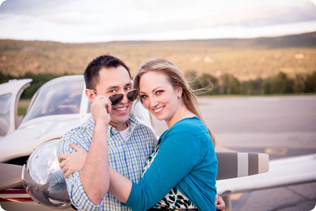 Kelowna-airport-engagement-session_airplane-portraits_108_by-Kevin-Trowbridge