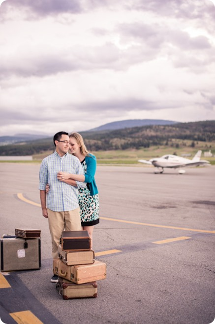Kelowna-airport-engagement-session_airplane-portraits_11_by-Kevin-Trowbridge