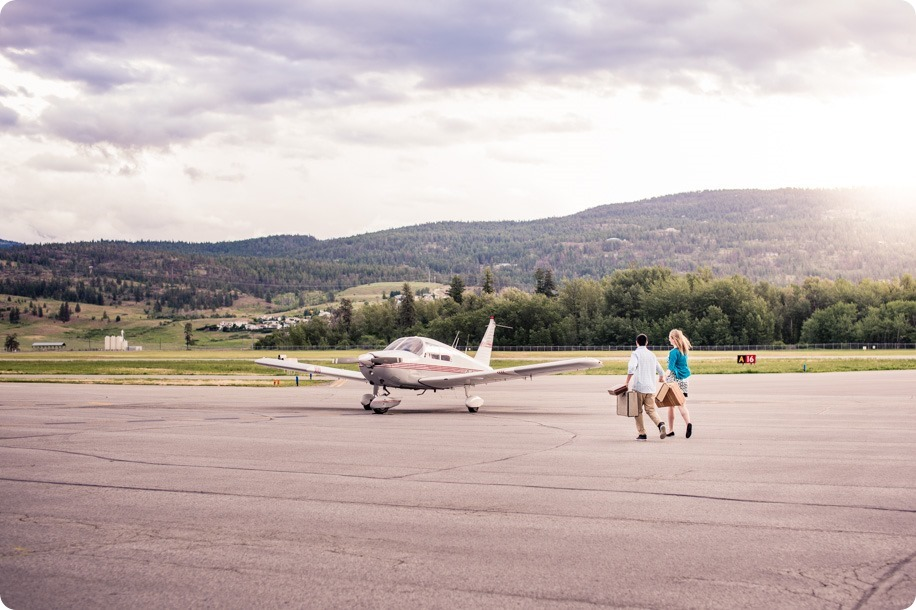 Kelowna-airport-engagement-session_airplane-portraits_23_by-Kevin-Trowbridge
