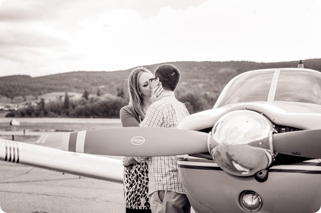 Kelowna-airport-engagement-session_airplane-portraits_33_by-Kevin-Trowbridge