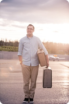 Kelowna-airport-engagement-session_airplane-portraits_69_by-Kevin-Trowbridge