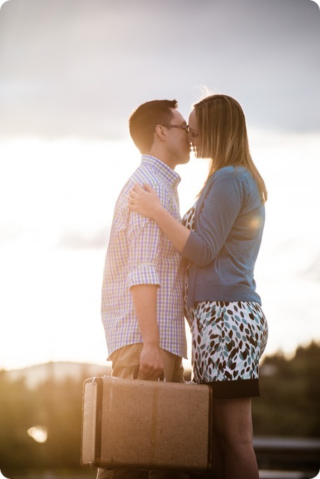 Kelowna-airport-engagement-session_airplane-portraits_71_by-Kevin-Trowbridge