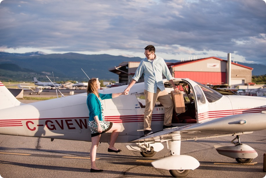 Kelowna-airport-engagement-session_airplane-portraits_74_by-Kevin-Trowbridge