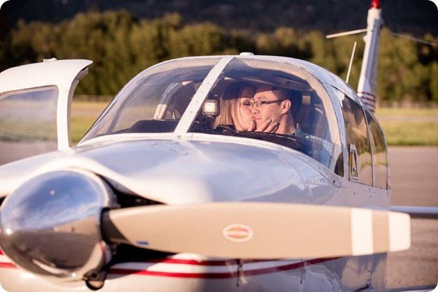 Kelowna-airport-engagement-session_airplane-portraits_83_by-Kevin-Trowbridge