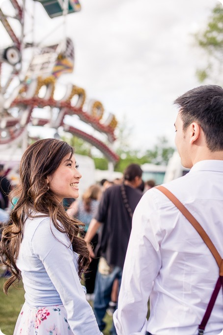 Kelowna-carnival-engagement-session_amusement-park-portraits03_by-Kevin-Trowbridge