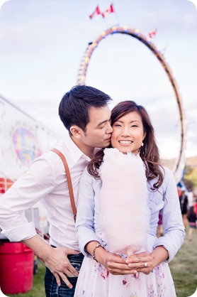 Kelowna-carnival-engagement-session_amusement-park-portraits123_by-Kevin-Trowbridge