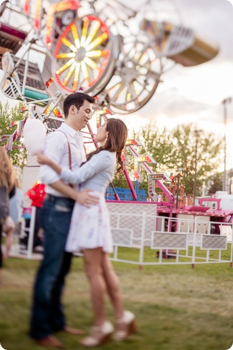 Kelowna-carnival-engagement-session_amusement-park-portraits125_by-Kevin-Trowbridge