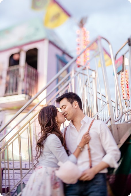 Kelowna-carnival-engagement-session_amusement-park-portraits139_by-Kevin-Trowbridge