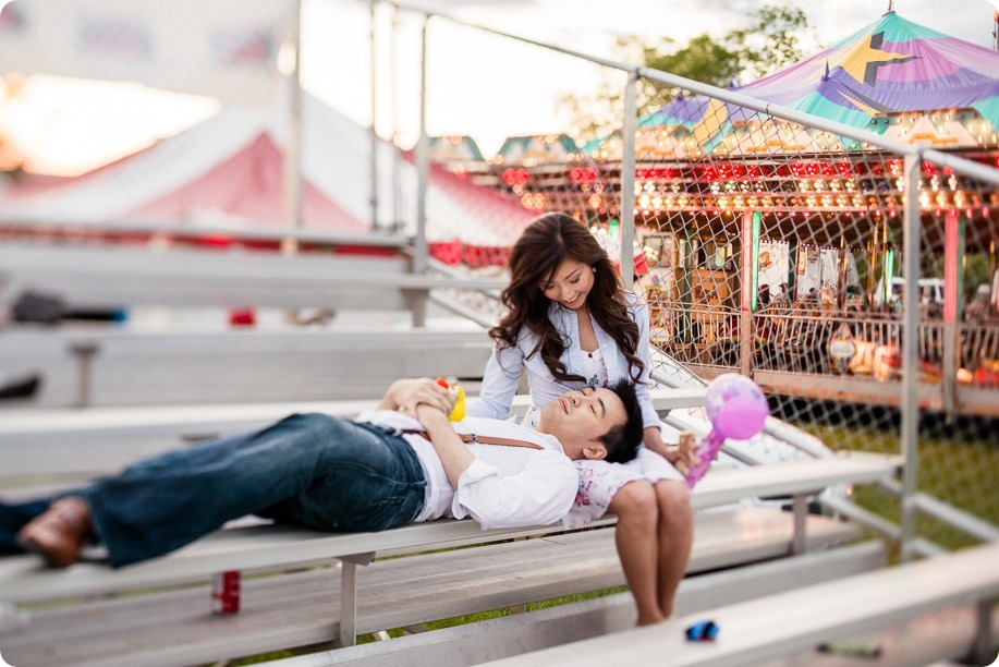 Kelowna-carnival-engagement-session_amusement-park-portraits149_by-Kevin-Trowbridge