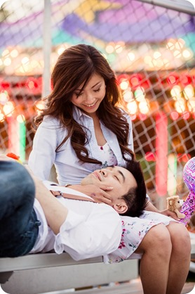 Kelowna-carnival-engagement-session_amusement-park-portraits150_by-Kevin-Trowbridge