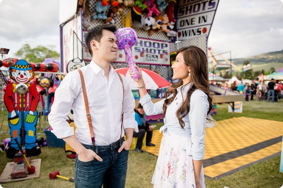 Kelowna-carnival-engagement-session_amusement-park-portraits31_by-Kevin-Trowbridge