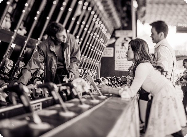 Kelowna-carnival-engagement-session_amusement-park-portraits34_by-Kevin-Trowbridge