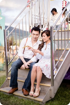 Kelowna-carnival-engagement-session_amusement-park-portraits90_by-Kevin-Trowbridge