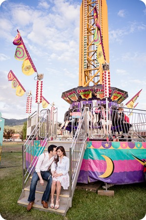 Kelowna-carnival-engagement-session_amusement-park-portraits92_by-Kevin-Trowbridge