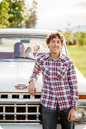 Kelowna-vintage-truck-engagement-session_heritage-orchard-photos15_by-Kevin-Trowbridge