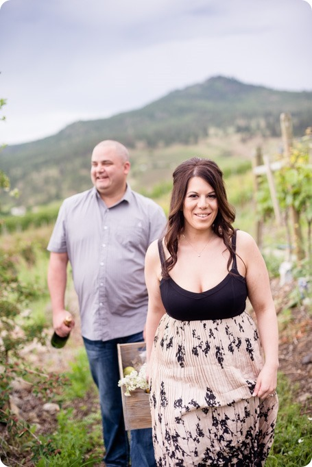 Okanagan-Centre-engagement-session_vineyard-lake-portraits_15_by-Kevin-Trowbridge