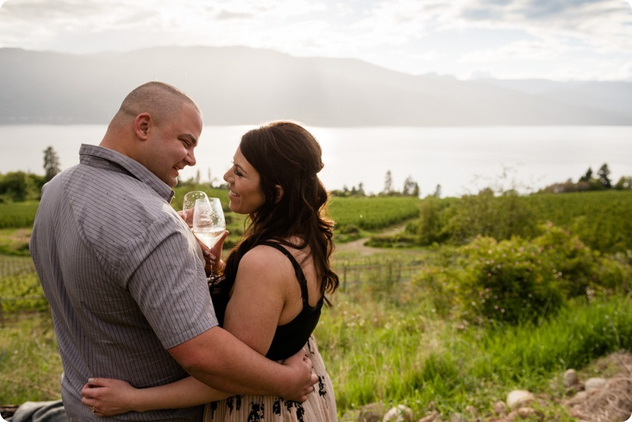 Okanagan-Centre-engagement-session_vineyard-lake-portraits_34_by-Kevin-Trowbridge