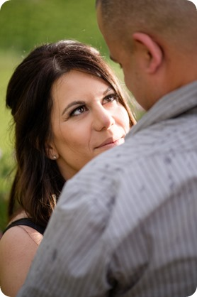 Okanagan-Centre-engagement-session_vineyard-lake-portraits_39_by-Kevin-Trowbridge