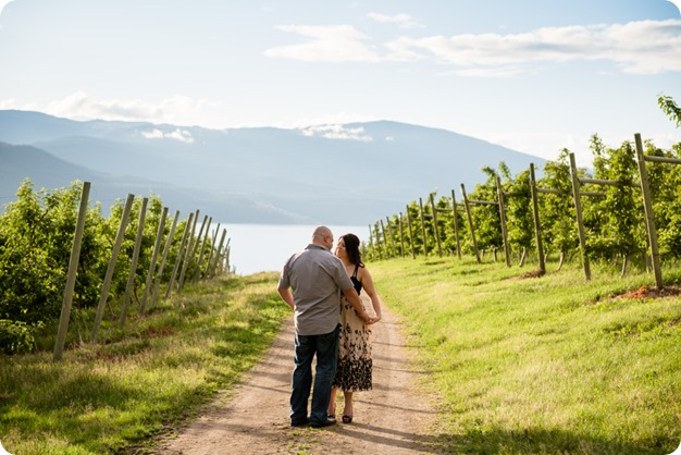 Okanagan-Centre-engagement-session_vineyard-lake-portraits_51_by-Kevin-Trowbridge