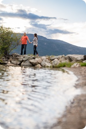 Okanagan-Centre-engagement-session_vineyard-lake-portraits_71_by-Kevin-Trowbridge
