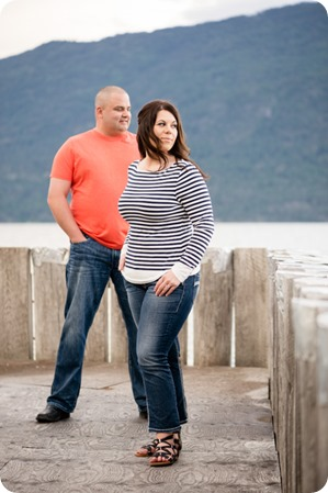 Okanagan-Centre-engagement-session_vineyard-lake-portraits_76_by-Kevin-Trowbridge