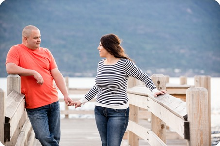 Okanagan-Centre-engagement-session_vineyard-lake-portraits_96_by-Kevin-Trowbridge