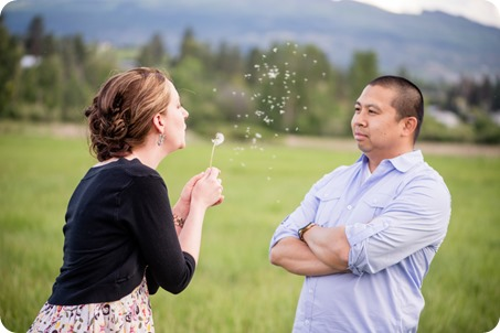 kelowna-engagement-session_dancing-portraits04_by-Kevin-Trowbridge
