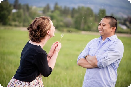 kelowna-engagement-session_dancing-portraits05_by-Kevin-Trowbridge