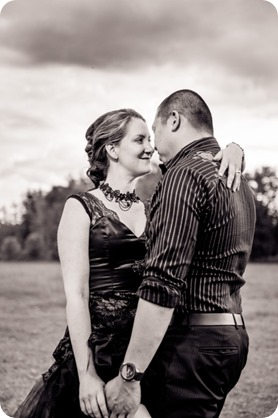 kelowna-engagement-session_dancing-portraits104_by-Kevin-Trowbridge