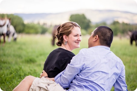 kelowna-engagement-session_dancing-portraits15_by-Kevin-Trowbridge