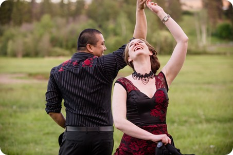 kelowna-engagement-session_dancing-portraits75_by-Kevin-Trowbridge