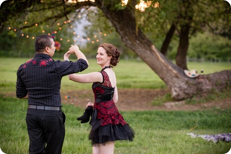 kelowna-engagement-session_dancing-portraits76_by-Kevin-Trowbridge