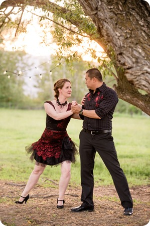 kelowna-engagement-session_dancing-portraits82_by-Kevin-Trowbridge