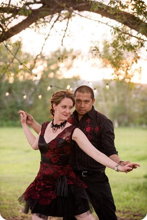 kelowna-engagement-session_dancing-portraits88_by-Kevin-Trowbridge