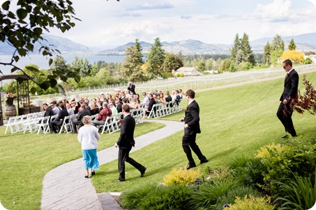 kelowna-summerhill-winery-wedding_okanagan-photographer09_by-Kevin-Trowbridge