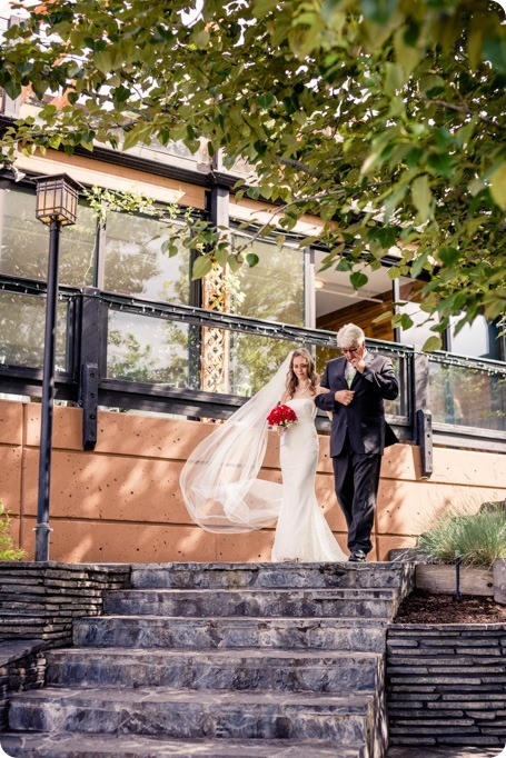 kelowna-summerhill-winery-wedding_okanagan-photographer17_by-Kevin-Trowbridge