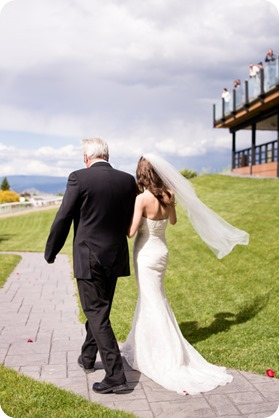 kelowna-summerhill-winery-wedding_okanagan-photographer18_by-Kevin-Trowbridge
