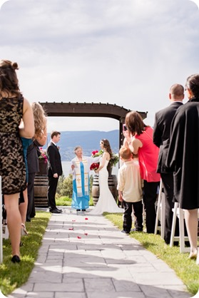 kelowna-summerhill-winery-wedding_okanagan-photographer22_by-Kevin-Trowbridge