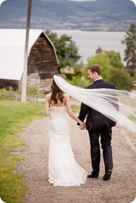 kelowna-summerhill-winery-wedding_okanagan-photographer94_by-Kevin-Trowbridge