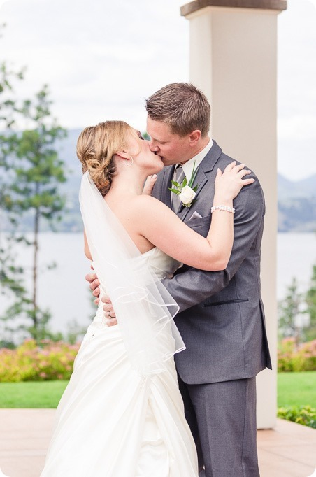 Kelowna-wedding_Cedar-Creek-winery_Laurel_103_by-Kevin-Trowbridge