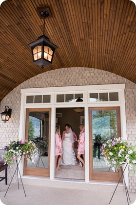 Kelowna-wedding_Cedar-Creek-winery_Laurel_12_by-Kevin-Trowbridge