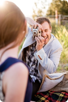 Naramata-engagement-session_vintage-lake-vineyard-portraits94_by-Kevin-Trowbridge