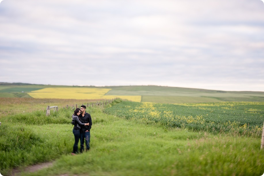 Calgary-engagement-session_Princes-Island-Park_Lamborghini_Prarie-Highway_170_by-Kevin-Trowbridge