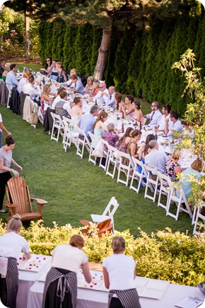 Naramata-wedding-photography_Apple-DOr_vineyard_182_by-Kevin-Trowbridge